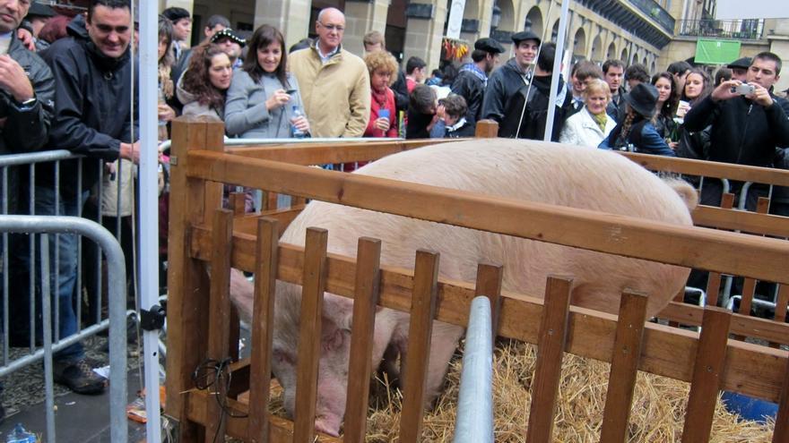 Ayuntamiento de Bilbao agradece a BBK el cambio de día de la Feria de Santo Tomás