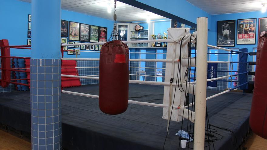 Ring de boxeo de la escuela Luta pela Paz en el complejo de favelas de Maré, en Río de Janeiro © Amnistía Internacional