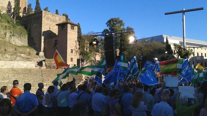 Rajoy augura un retroceso electoral de PSOE y C's por no atender la oferta de coalición que les hizo el PP