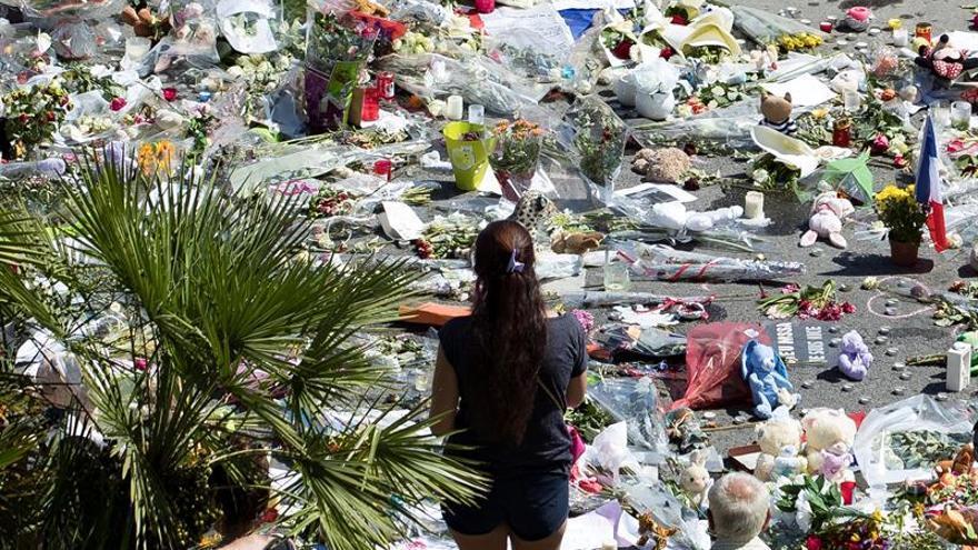 Se ha identificado formalmente a 35 de los 84 muertos del atentado de Niza