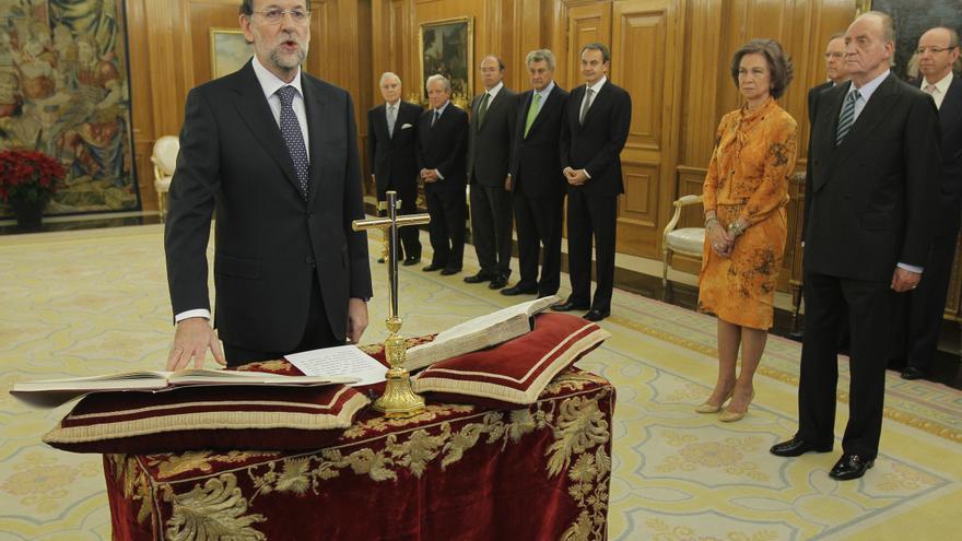 Mariano Rajoy jura su cargo como presidente el 21 de diciembre de 2011.