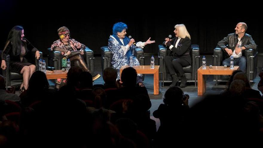 Raffaella Carrá y Lucía Bosé: la música y el cine italianos como revulsivo