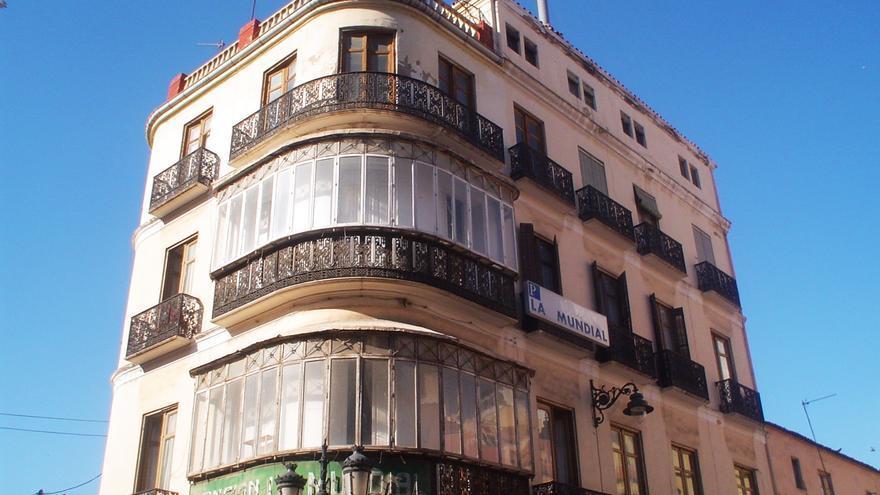 """El deteriorado Palacete de los Condes de Benahavís en Málaga/ Lista negra de """"La lista roja del patrimonio"""""""
