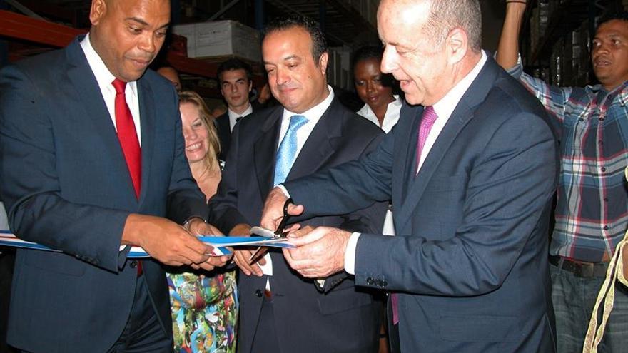 El consejero de Economía del Gobierno Canario, Pedro Ortega, acudió a la inauguración.