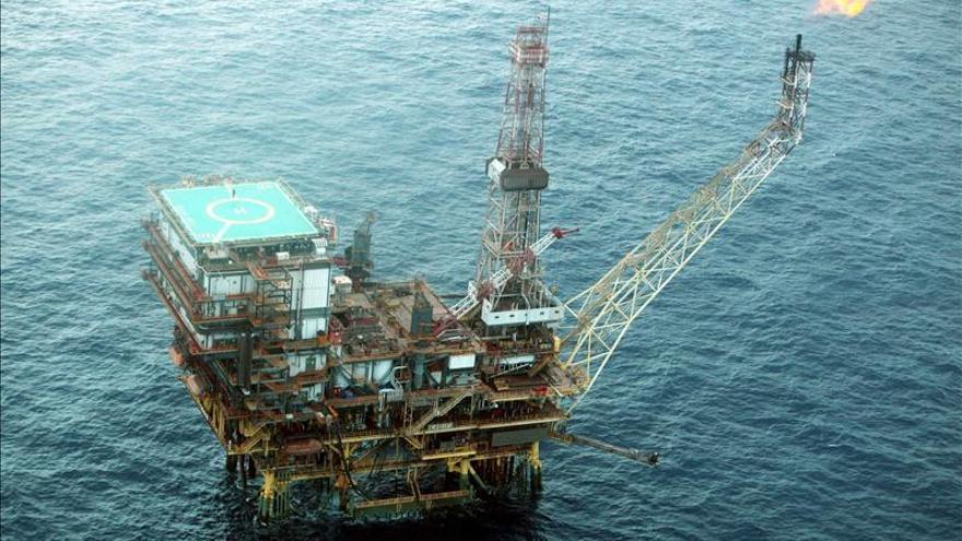 La AIE teme una escasez de petróleo en 2040 si no se invierte en Oriente Medio