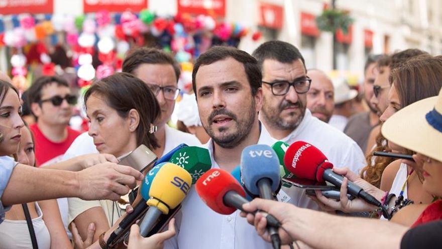 Garzón opina que propuestas presentadas al PSOE son legítimas y no inviables