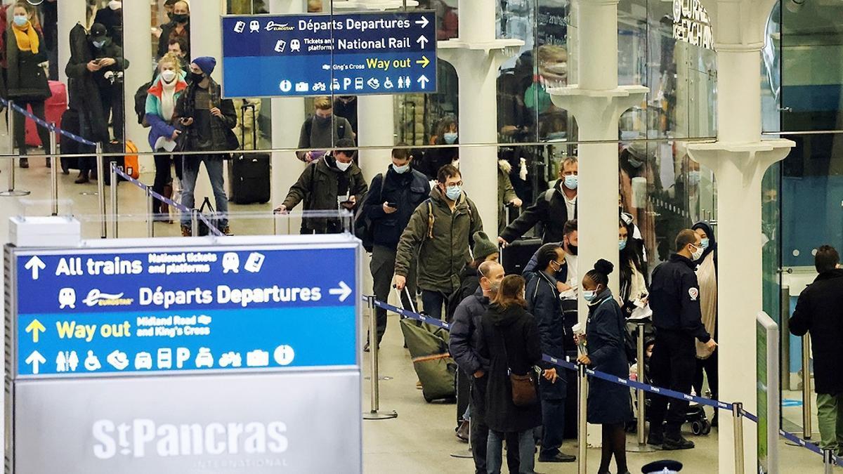 Turistas franceses no podrán ingresar al Reino Unido sin hacer cuarentena.