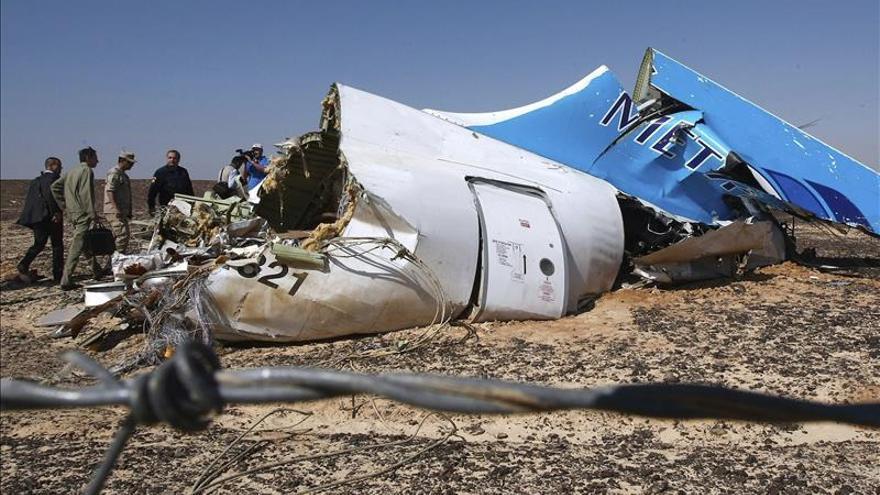 El ruido de una explosión se escucha en las cajas negras del avión del Sinaí