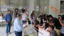 Zoido pierde la mayoría absoluta en Sevilla y el PSOE le pisa los talones