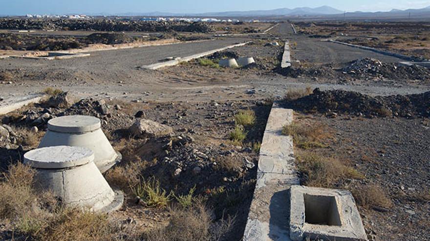 Estado de la urbanización Rosa del Lago, al norte de Puerto Lajas