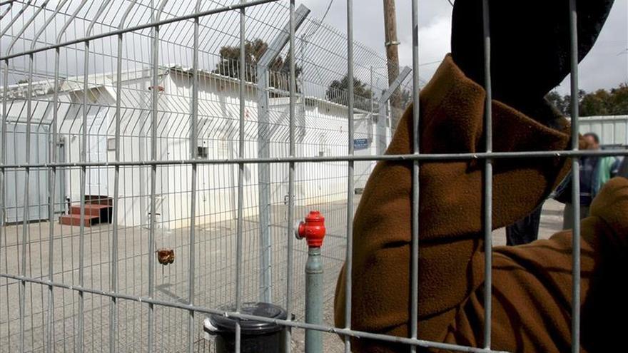 España repatría a 24 de sus ciudadanos que estaban presos en Colombia