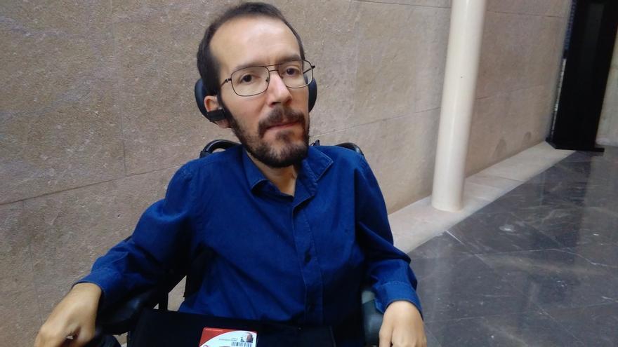 Podemos dice que Julio Rodríguez ya había presentado su solicitud de cese en el Ejército y critica al Gobierno