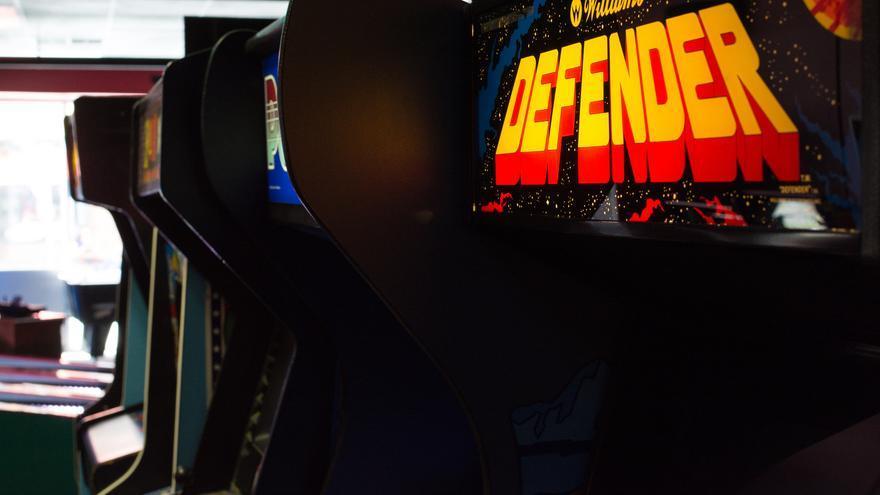 ¿Te atreverías a jugarte tu sueldo jugando una partida a Defender?