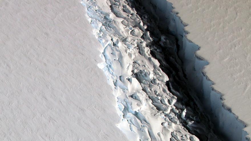 Imagen de la grieta en Larsen en noviembre de 2016.
