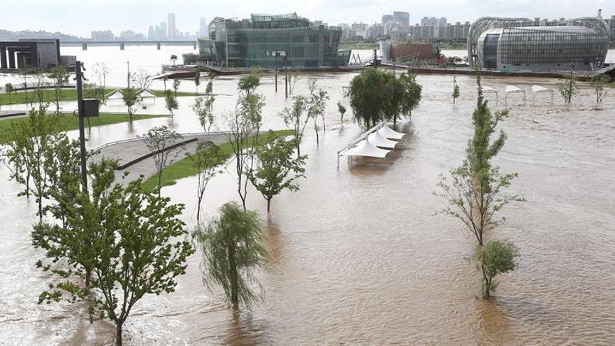 Inundaciones en Corea del Sur dejan 4 desaparecidos y daños materiales