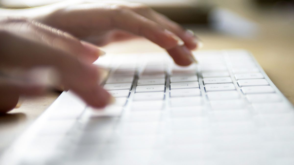 Hasta un 21% de las trabajadoras teletrabajan frente al 14% de los empleados.