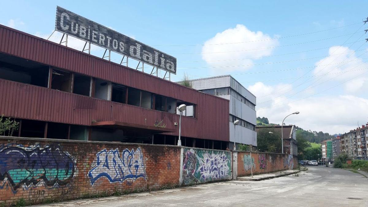 La antigua fábrica Cubiertos Dalia acogería la primera sede del Guggenheim en Gernika