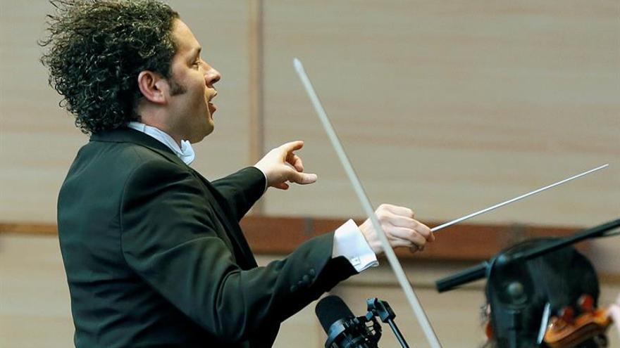 Dudamel dirige el concierto del Premio Nobel con piezas de Mozart y Strauss