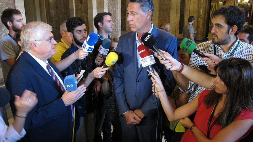 """Albiol acusa a Puigdemont y Junqueras de """"tener miedo a debatir ideas"""" en el Parlament"""