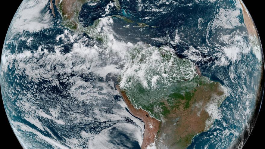 Temporada de huracanes atlántica será más fuerte y con récord de 25 tormentas