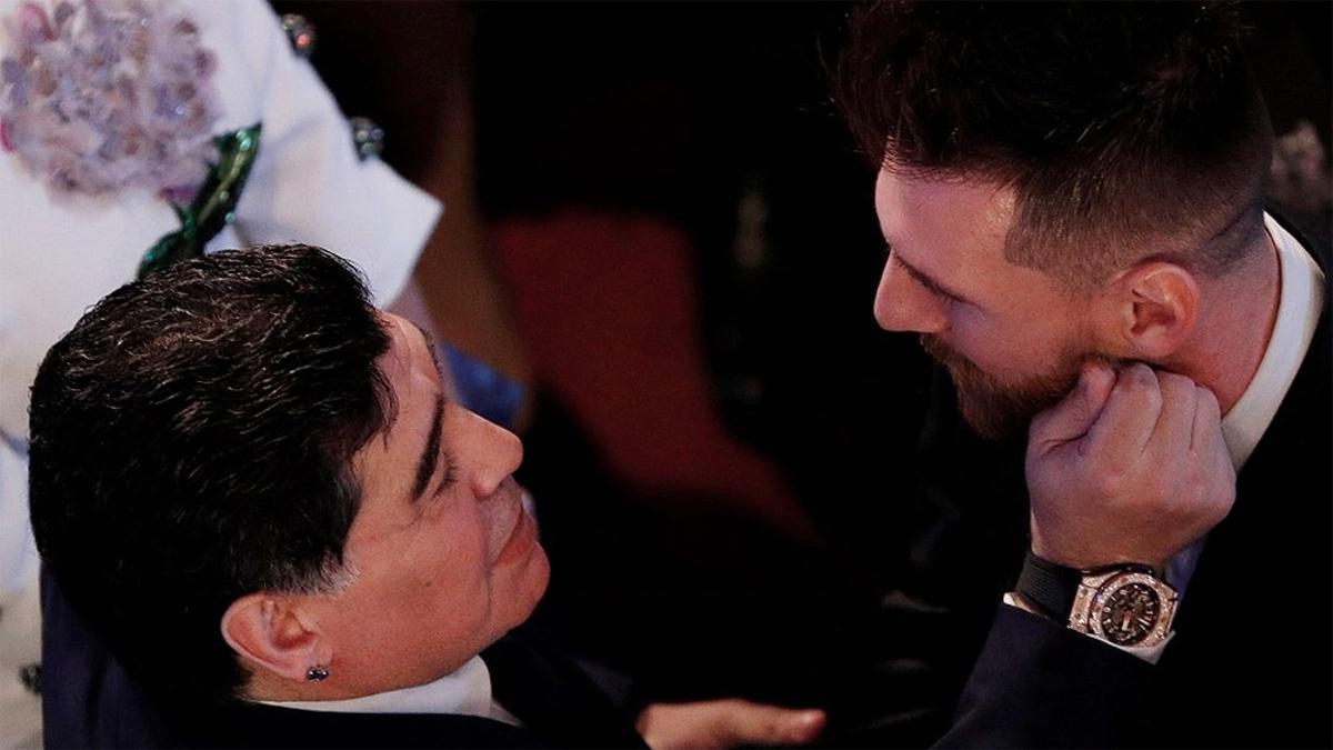 Messi y Maradona, cuando el fallecido jugador dirigía a la selección argentina