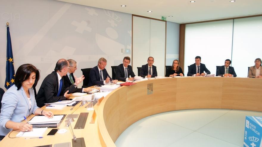 El Consello de la Xunta ratifica el cese de diez altos cargos del Gobierno que figuran en las listas del PPdeG