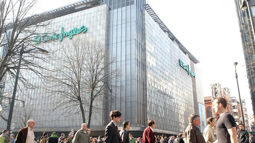 El Corte Inglés acepta 1.340 peticiones para acogerse a su plan de bajas