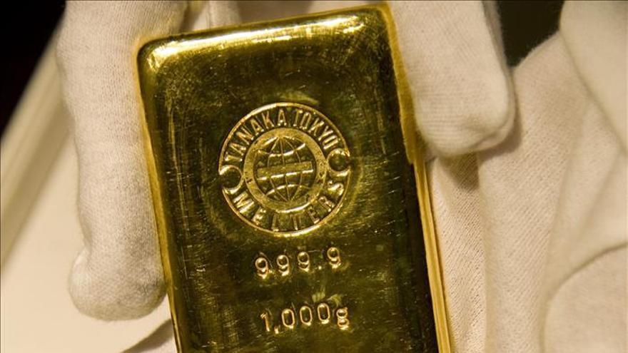 El oro sube un 0,44 por ciento en Londres, hasta los 1.663,50 dólares
