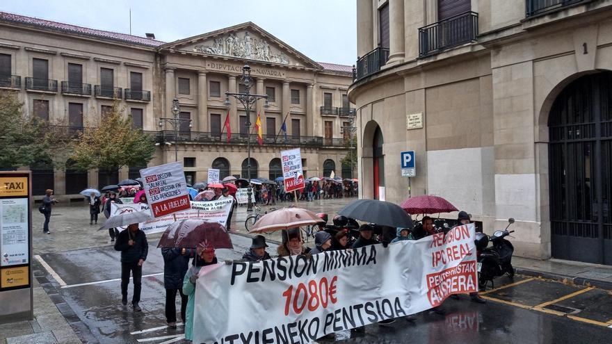 Una manifestación en Pamplona reclama que se garantice el sistema público de pensiones