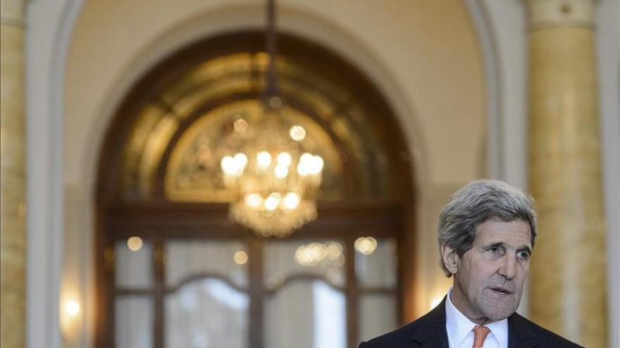 Kerry visita Riad para informar a los países del Golfo (CCG) de la negociación con Irán