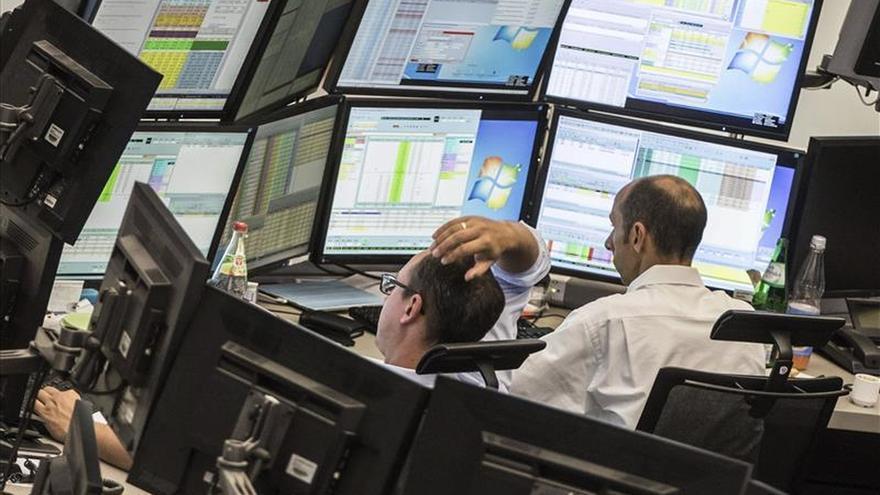La Bolsa de Fráncfort baja un 0,76 % en la apertura