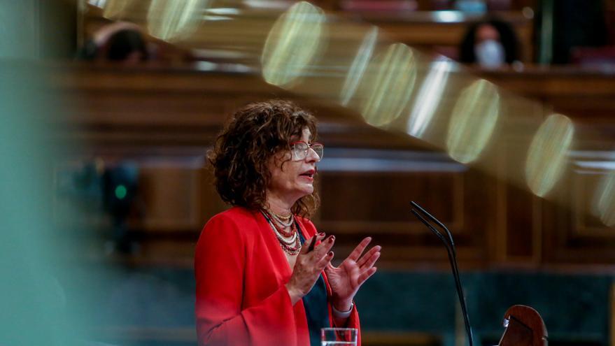 La ministra Portavoz y de Hacienda, María Jesús Montero, interviene en una sesión plenaria en el Congreso