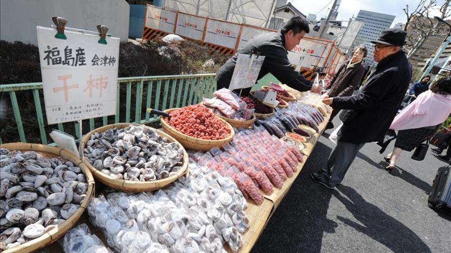 Japón planea eximir a los alimentos de la nueva subida del IVA