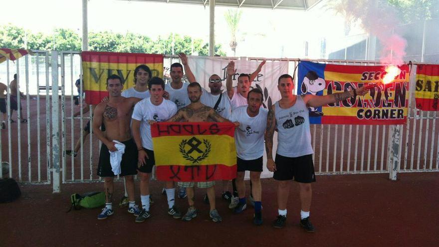 Jorge Roca, responsable de deportes del PP de Xàtiva, segundo por la izquierda / @AturemElFeixism