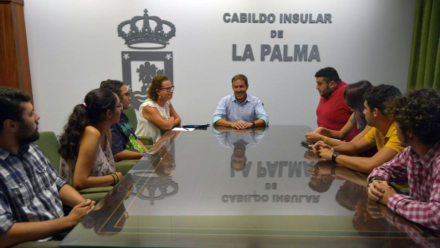 Reunión celebrada en el Cabildo.