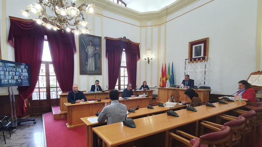 La Corporación Municipal  de Mérida se ha reunido en Pleno para debatir la aprobación inicial del Presupuesto para 2020