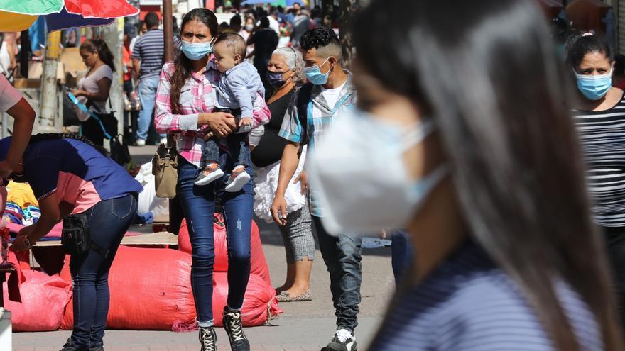 Honduras roza los 223.000 contagios por covid-19 y las defunciones suman 5.853