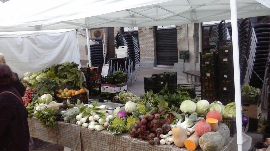 Doce cooperativas y grupos de productores, entre ellos La Sazón, sirven cestas de productos ecológicos de proximidad en Zaragoza