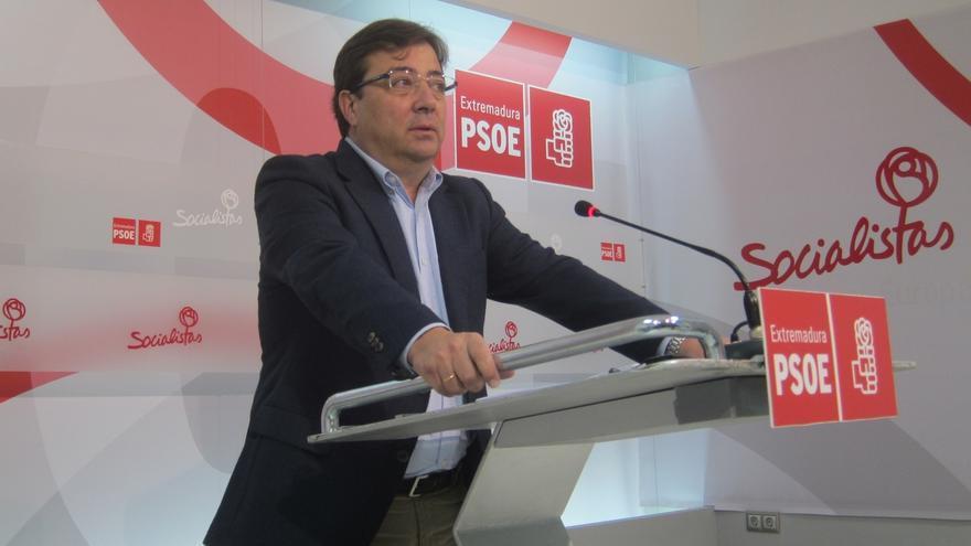 """Vara cree que Rajoy y Mas deben """"salir al encuentro"""" para resolver el """"problema catalán"""" por las """"vías del diálogo"""""""