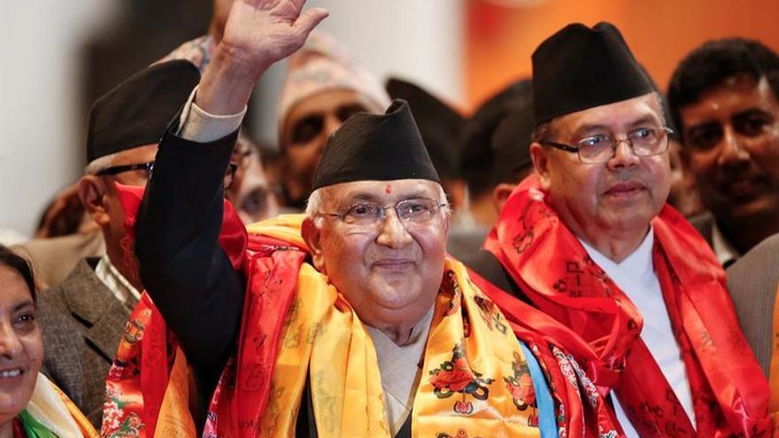 La dimisión de Oli abre la puerta a un nuevo Gobierno en un inestable Nepal