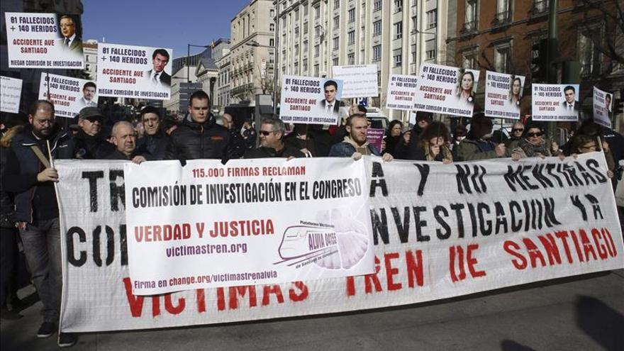 Presentan en el Congreso 115.000 firmas pidiendo una investigación sobre el Alvia