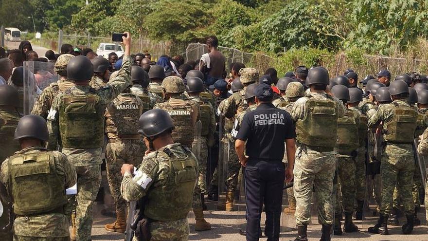 México endurece control migratorio en su frontera sur con Guardia Nacional
