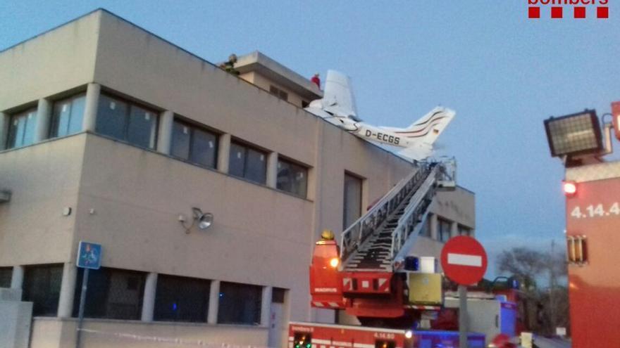 La avioneta tras el accidente de esta tarde