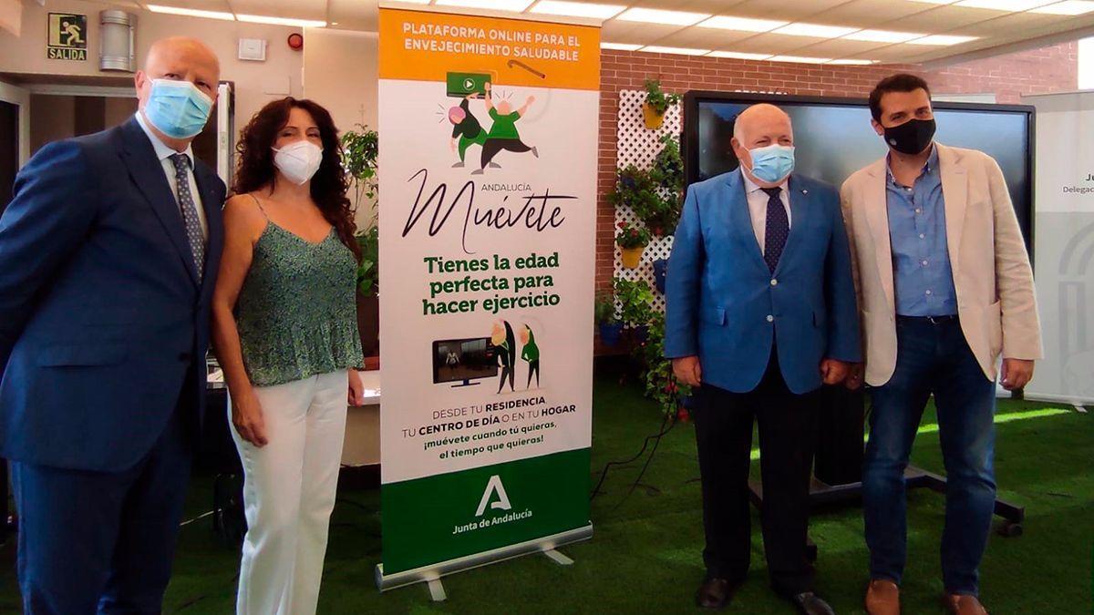 Imbroda, Ruiz, Aguirre y Bellido en la presentación de 'Andalucía, Muévete'