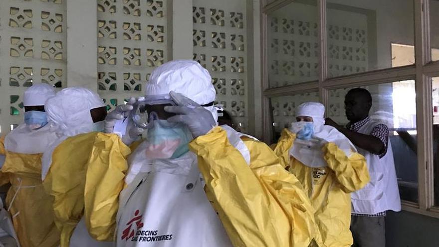 Aumentan a 12 los muertos por ébola confirmados en la RD Congo