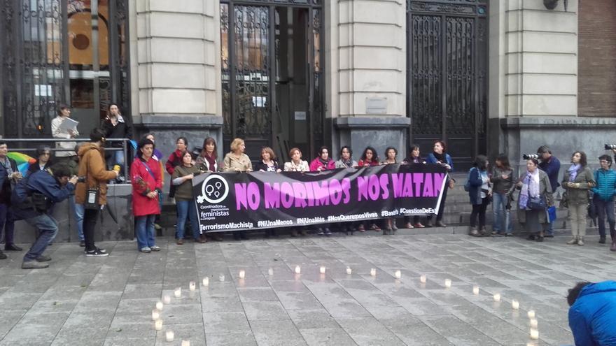 Concentración en la plaza de España de Zaragoza.