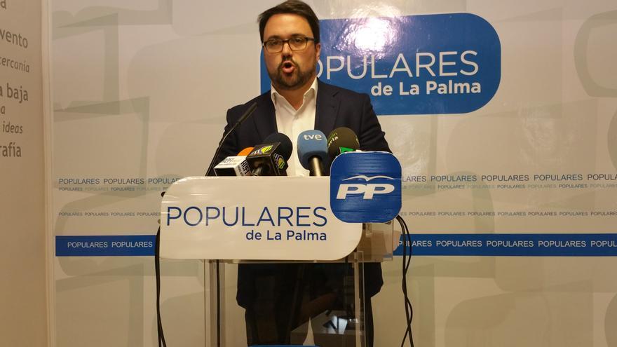 Asier Antona ha comparecido este viernes ante los medios. Foto: LUZ RODRÍGUEZ.