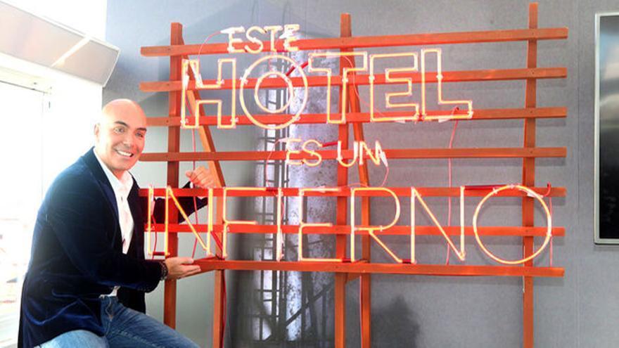 Kike Sarasola, el empresario fundador de Room Mate que alquila un apartamento de lujo a Isabel Díaz Ayuso