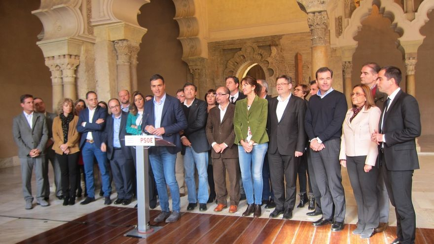 """Sánchez rechaza """"la ruptura"""" de tres décadas de pacto constitucional"""