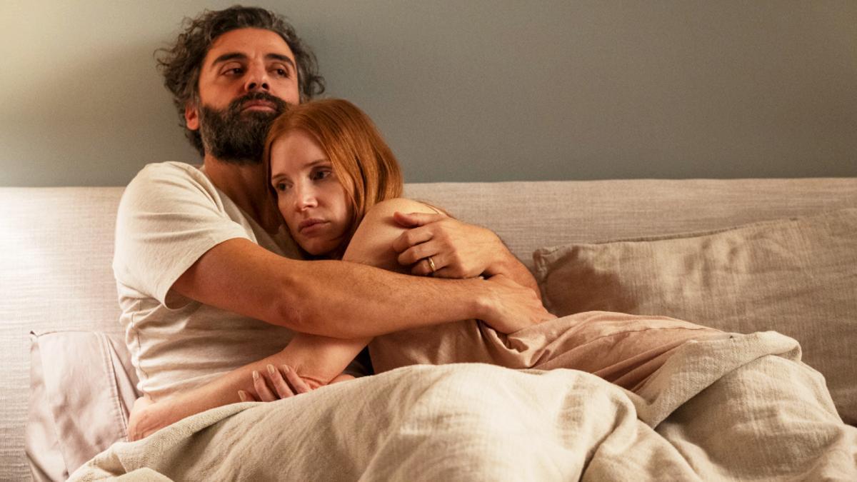 Oscar Isaac y Jessica Chastain en 'Secretos de un matrimonio'